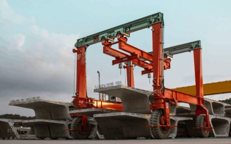 How Gantry Cranes Can Easily Lift The Heavy Loads?